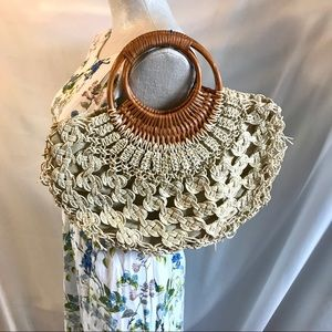 💝 2/$15 Vintage Woven Macrame Bag Round Handle